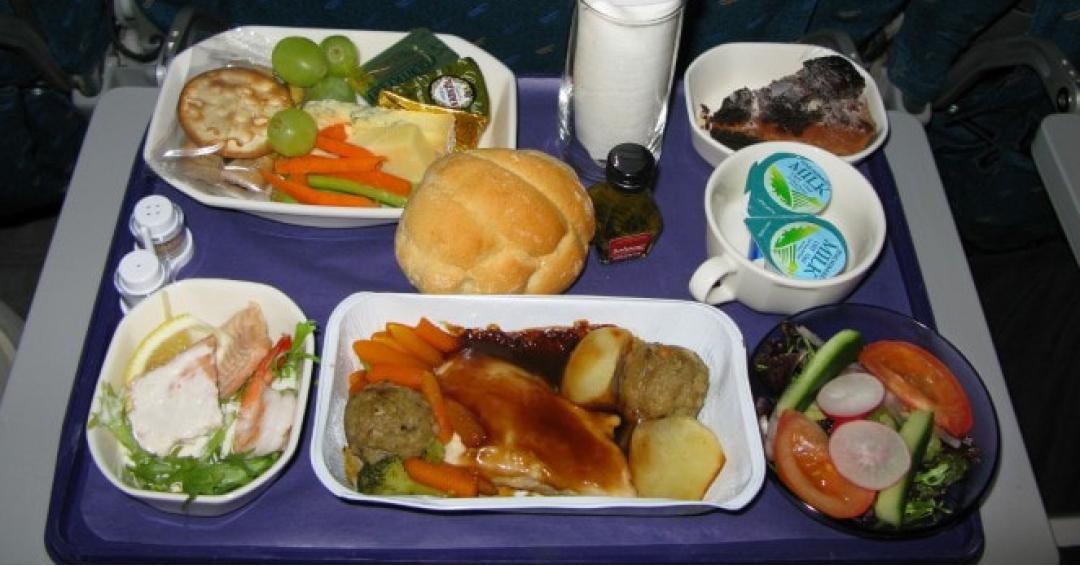 همه چیز درباره ی غذاهای هواپیما