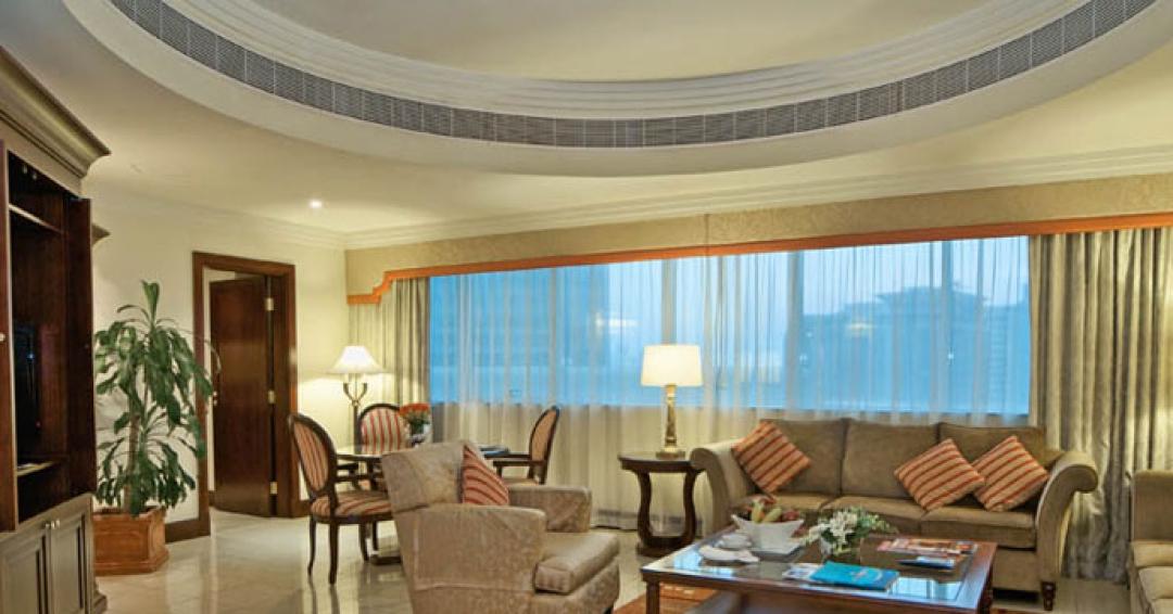 هتل 4 ستاره  City Seasons  در دبی - شرکت هواپیمایی پاژسیر مجری تورهای اقساطی از مشهد