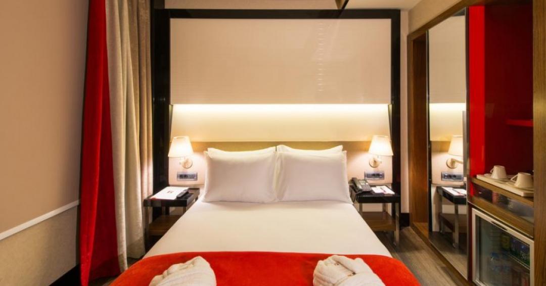 هتل 2ستاره فاوری در استانبول- شرکت هواپیمایی پاژسیر مجری تورهای اقساطی از مشهد