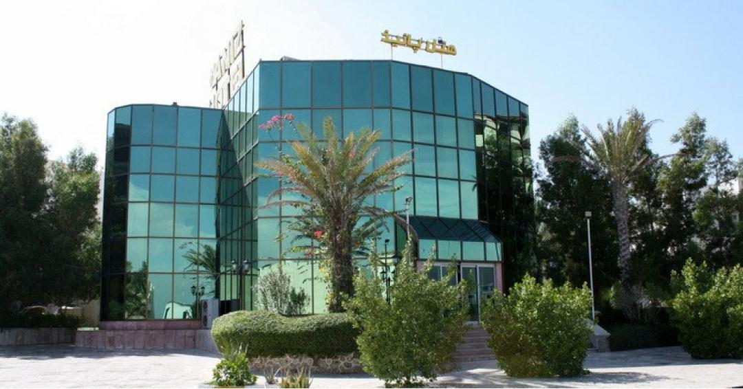 هتل 2 ستاره پانیذ در کیش - شرکت آژانس هواپیمایی پاژسیر مجری تورهای اقساطی از مشهد