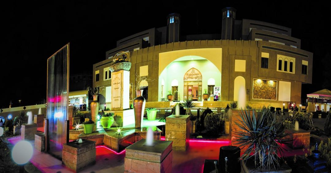هتل 5 ستاره صفائیه در یزد - شرکت هواپیمایی پاژسیر مجری تورهای اقساطی از مشهد