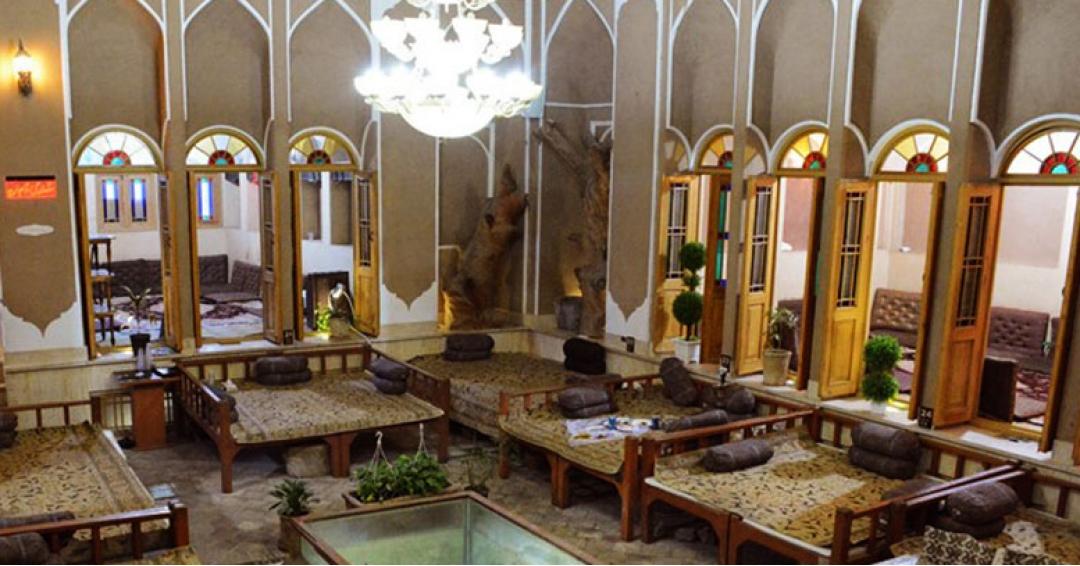 بهترین رستوران های یزد - شرکت هواپیمایی پاژسیر مجری تورهای اقساطی از مشهد