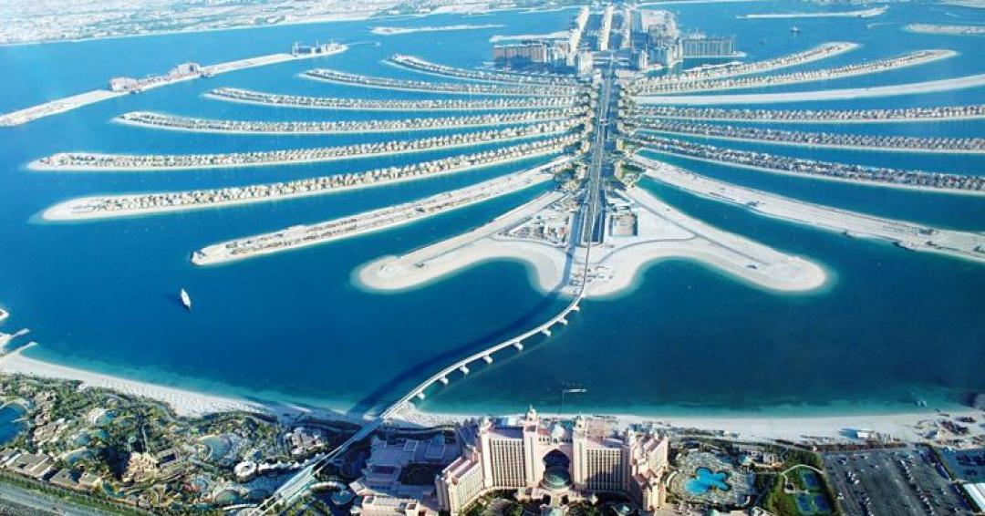 جزایر پالم جمیرا دبی از بهترین دیدنیهای دبی - شرکت هواپیمایی پاژسیر مجری تورهای اقساطی از مشهد