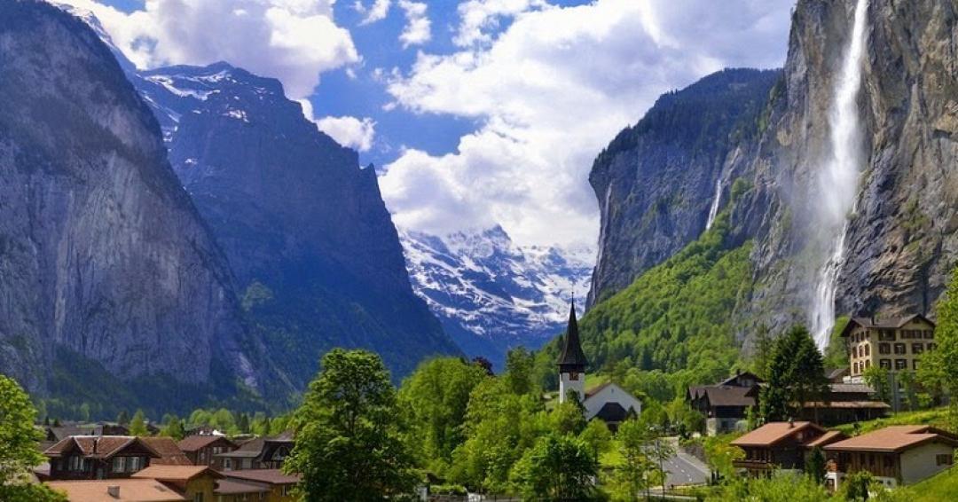 دیدنی های دره لاتربرونن در سوئیس - شرکت هواپیمایی پاژسیر مجری تورهای اقساطی از مشهد
