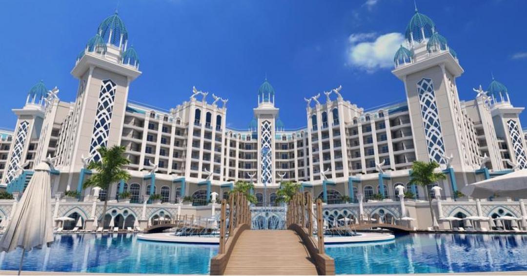 هتل 5 ستاره گرانادا لاکچری در آنتالیا - شرکت هواپیمایی پاژسیر مجری تورهای اقساطی از مشهد