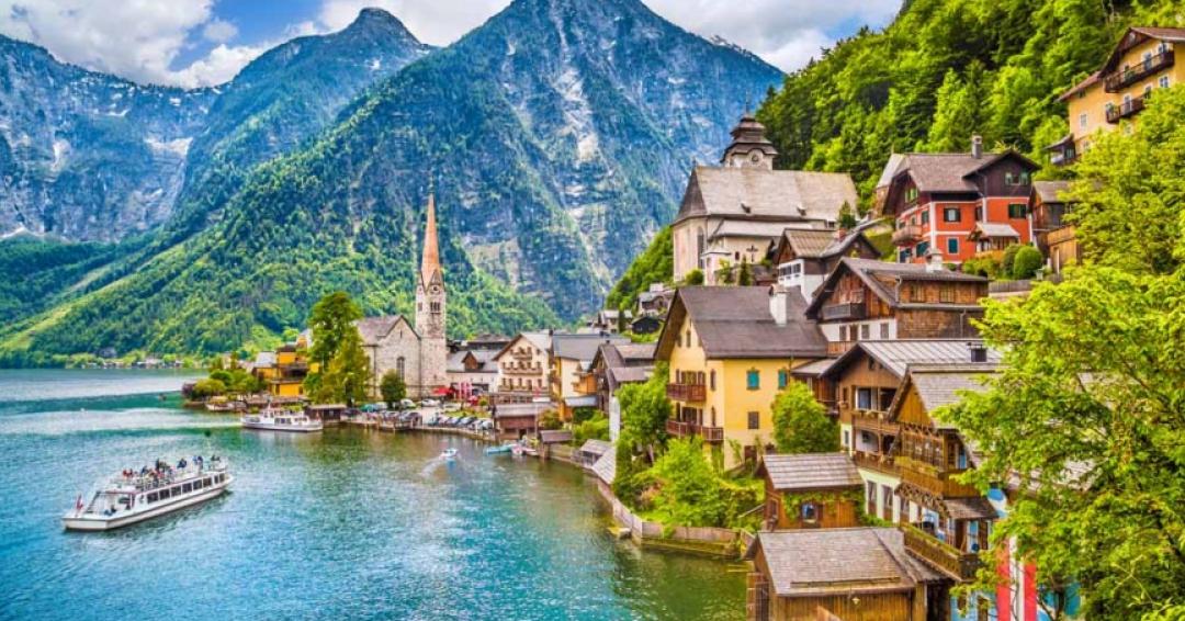 جاذبه گردشگری اتریش - شرکت هواپیمایی پاژسیر مجری تورهای اقساطی از مشهد