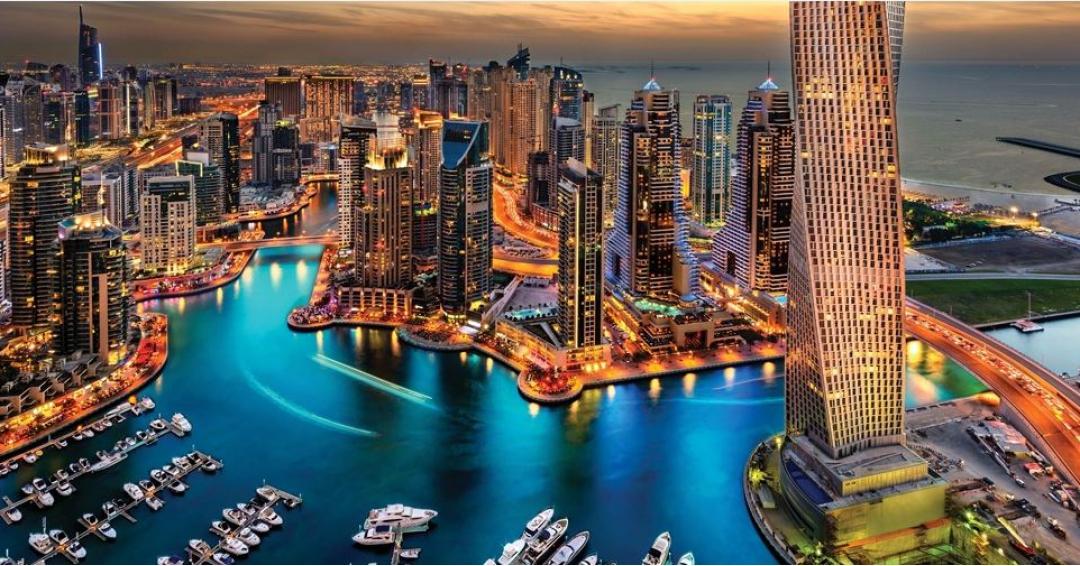 روز ملی استقلال امارات متحده عربی (دبی) - شرکت هواپیمایی پاژسیر مجری تورهای اقساطی از مشهد