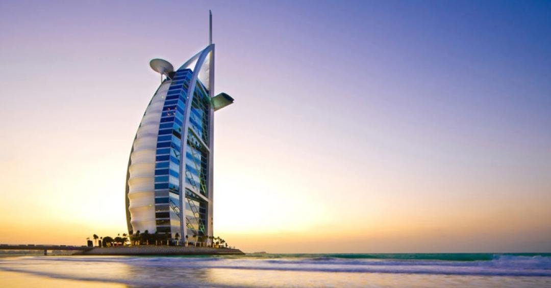 برج خلیفه عرب در دبی - شرکت هواپیمایی پاژسیر مجری تورهای اقساطی از مشهد