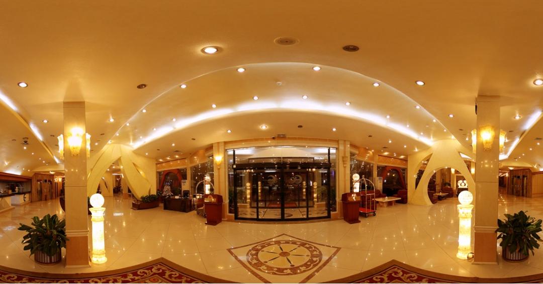 هتل 5 ستاره پارمیس در کیش - شرکت هواپیمایی پاژسیر مجری تورهای اقساطی از مشهد
