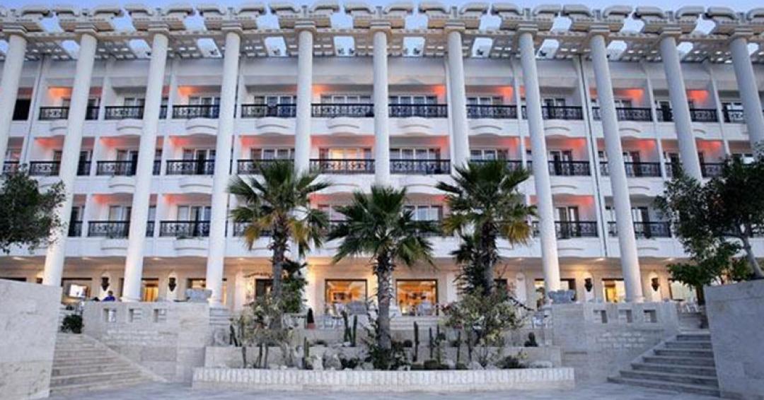 هتل 5ستاره داریوش در کیش - شرکت هواپیمایی پاژسیر مجری تورهای اقساطی از مشهد