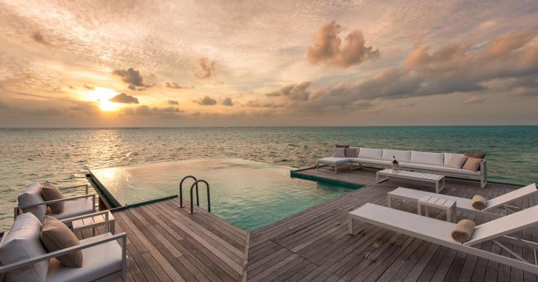 هتل کنراد مالدیو - شرکت هواپیمایی پاژسیر مجری تورهای اقساطی از مشهد