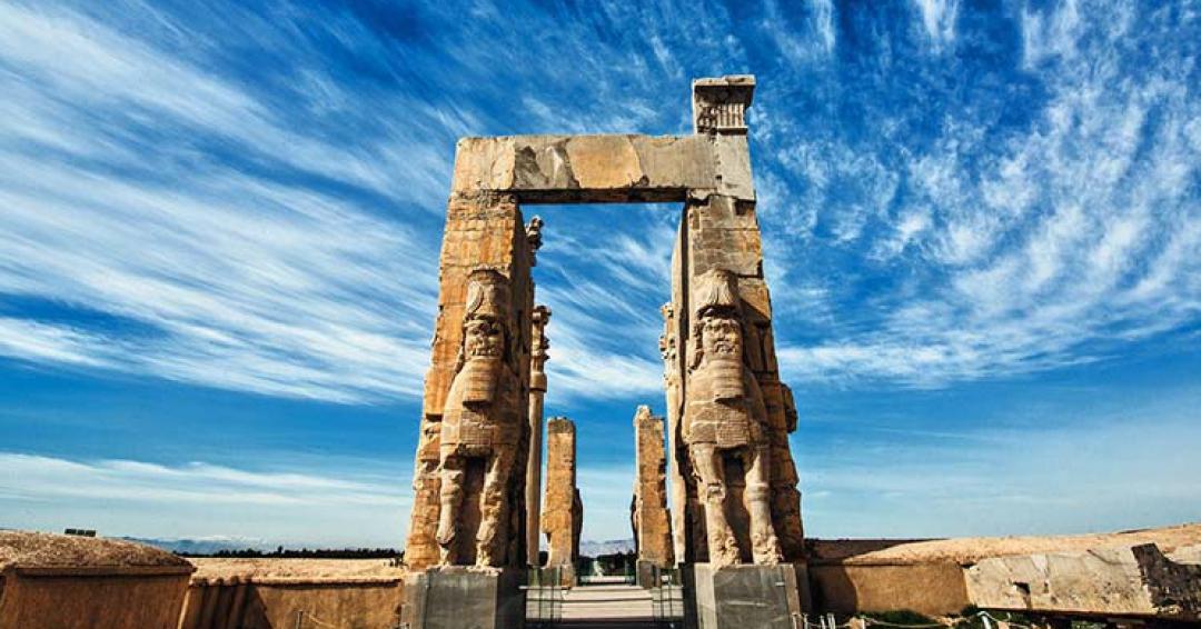 تخت جمشید - شرکت هواپیمایی پاژسیر مجری تورهای اقساطی از مشهد