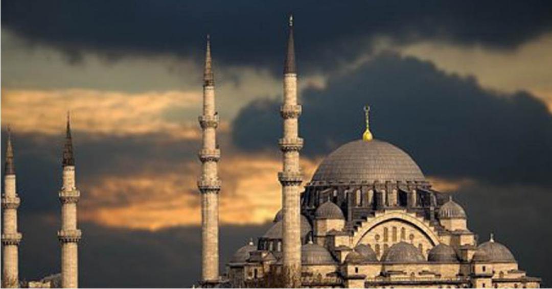 مسجد ایاصوفیه استانبول - شرکت هواپیمایی پاژسیر مجری تورهای اقساطی از مشهد