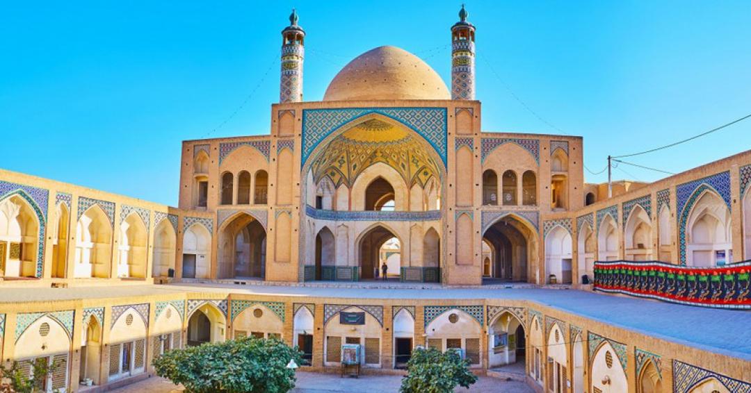 باشکوه ترین مساجد ایران- شرکت هواپیمایی پاژسیر مجری تورهای اقساطی از مشهد