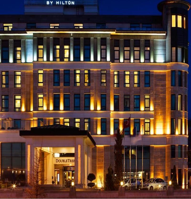 رزرو هتل های وان (ترکیه ) شرکت هواپیمایی پاژسیر مجری تور های اقساطی