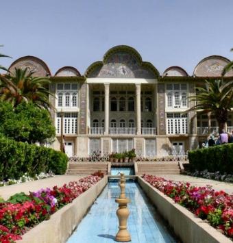 تورهوایی شیراز -- شرکت هواپیمایی پاژسیر مجری تورهای اقساطی از مشهد