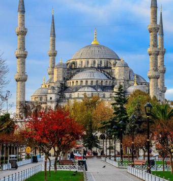 تور استانبول  4 روزه - شرکت هواپیمایی پاژسیر مجری تورهای اقساطی از مشهد