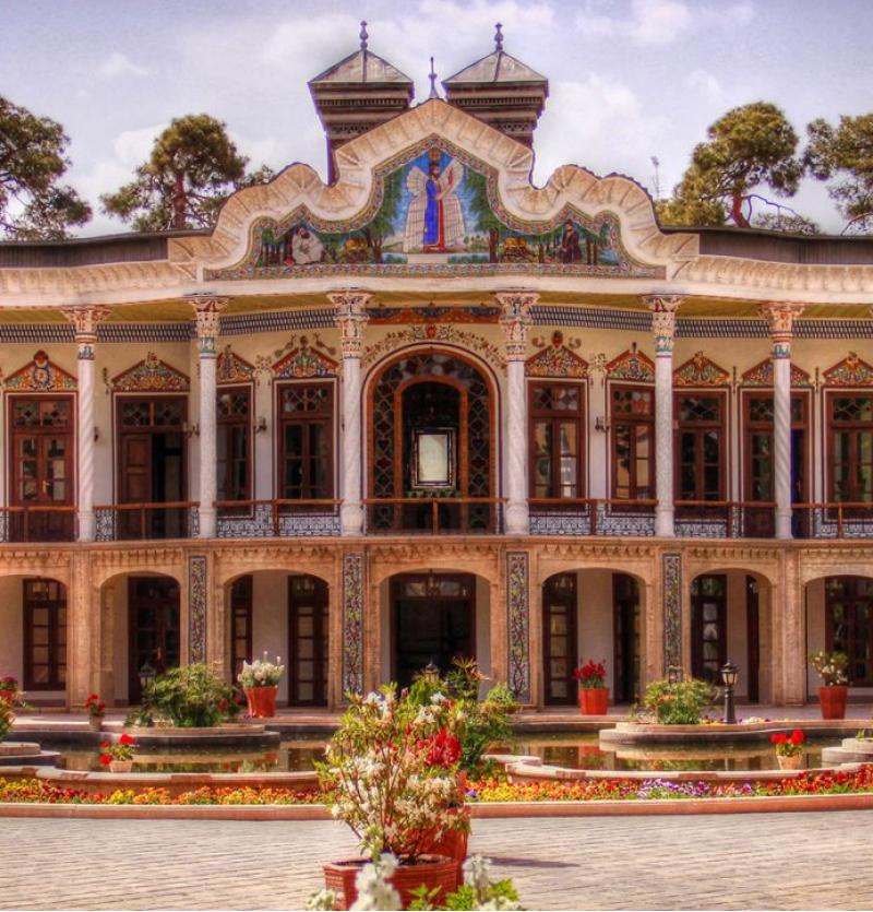 تور هوایی شیراز  3شب و 4روز   18 به 21 اردیبهشت - شرکت هواپیمایی پاژسیر مجری تورهای اقساطی از مشهد