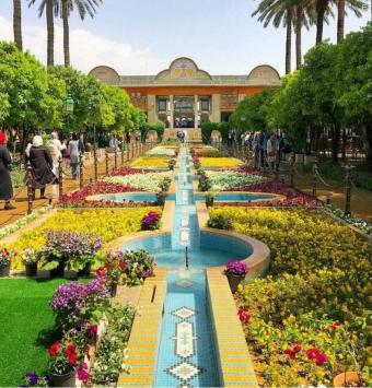 ویژه تعطیلات خرداد تور شیراز به صورت هوایی - شرکت هواپیمایی پاژسیر مجری تورهای اقساطی از مشهد