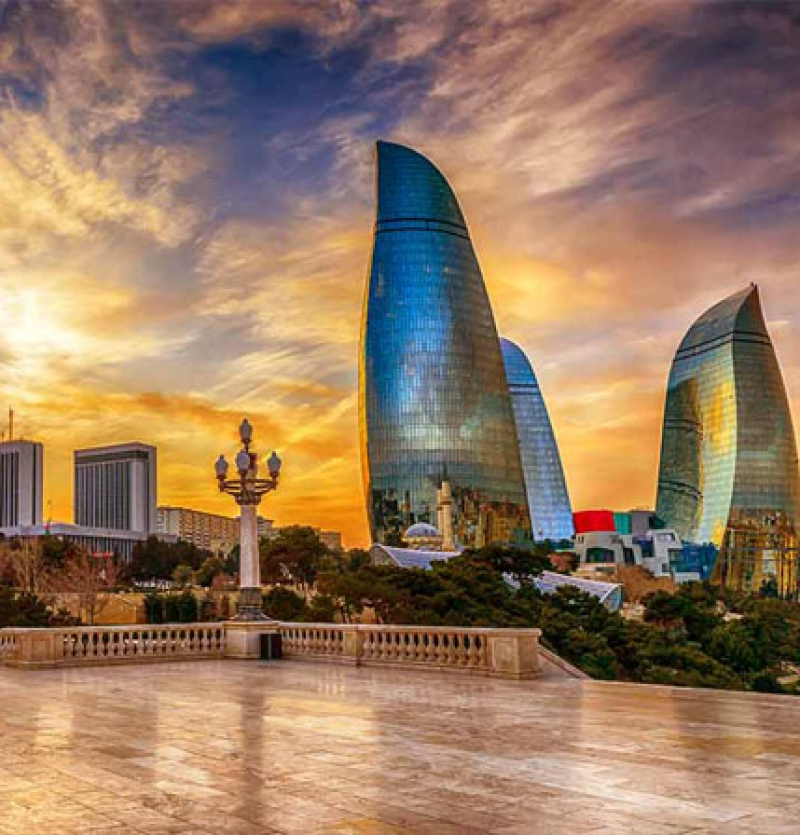 تور باکو  فینال لیگ اروپا - شرکت هواپیمایی پاژسیر مجری تورهای اقساطی از مشهد