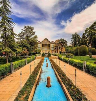 تخفیف ویژژه برای تور شیراز  3شب و 4روز  هوایی یکشنبه به چهارشنبه - شرکت هواپیمایی پاژسیر مجری تورهای اقساطی از مشهد