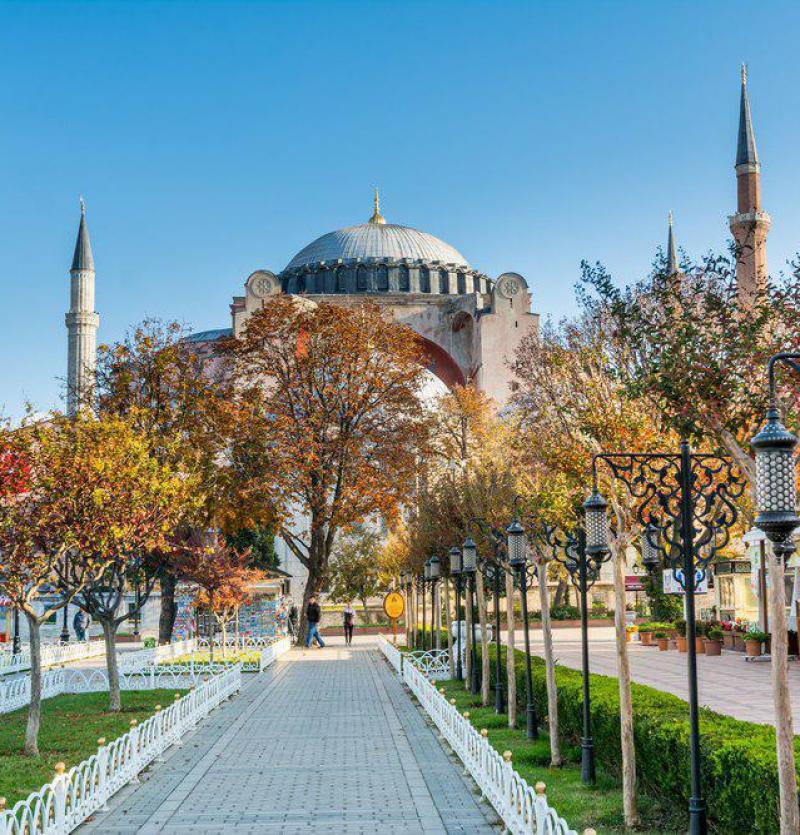 تور استانبول از تهران  4 روزه  نقدی - شرکت هواپیمایی پاژسیر مجری تورهای اقساطی از مشهد