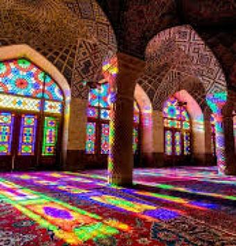 آفر تور شیراز  (3شب 4روزه )   اقامت در هتل #4ستاره بین الحرمین - شرکت هواپیمایی پاژسیر مجری تورهای اقساطی از مشهد