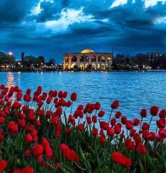 تور تبریز تاریخ حرکت :25شهریور - شرکت هواپیمایی پاژسیر مجری تورهای اقساطی از مشهد