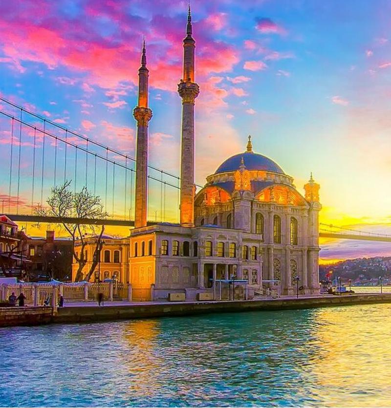 تور استانبول از تهران  4 روزه آذرماه 99- شرکت هواپیمایی پاژسیر مجری تورهای اقساطی از مشهد